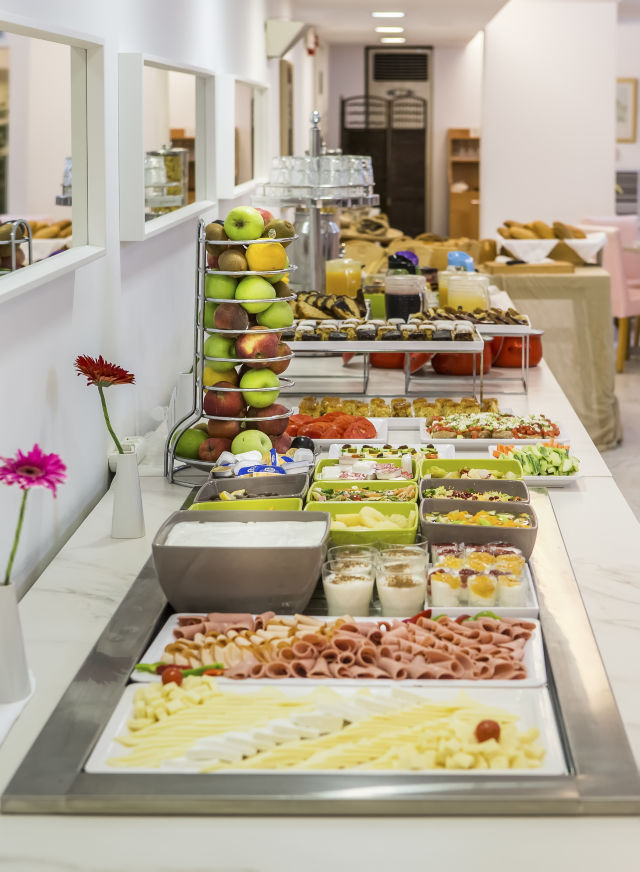 buffet_breakfast_2